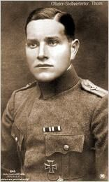 German WWI fighter ace, Karl Thom was born 19/5 1893.