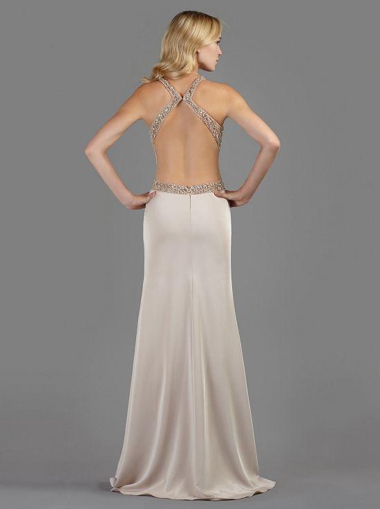 49fe32cfbfb Βραδινό μακρύ φόρεμα με ανοιχτή πλάτη κεντημένη με πολύτιμες πέτρες ...