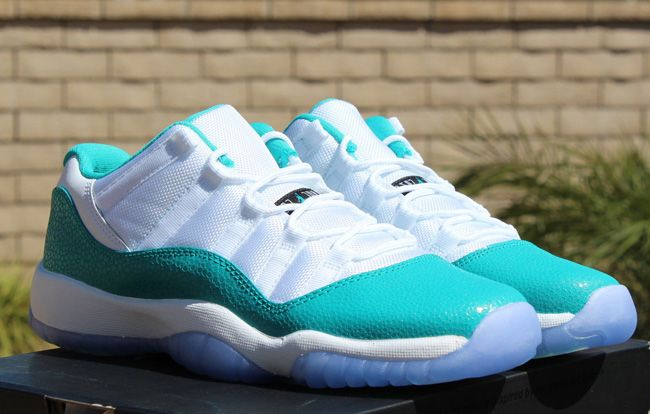 "low priced 61dec b8879 Air Jordan 11 Retro Low ""Turbo Green"" PS 