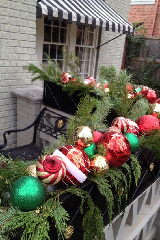 cool christmas balcony decor ideas 12