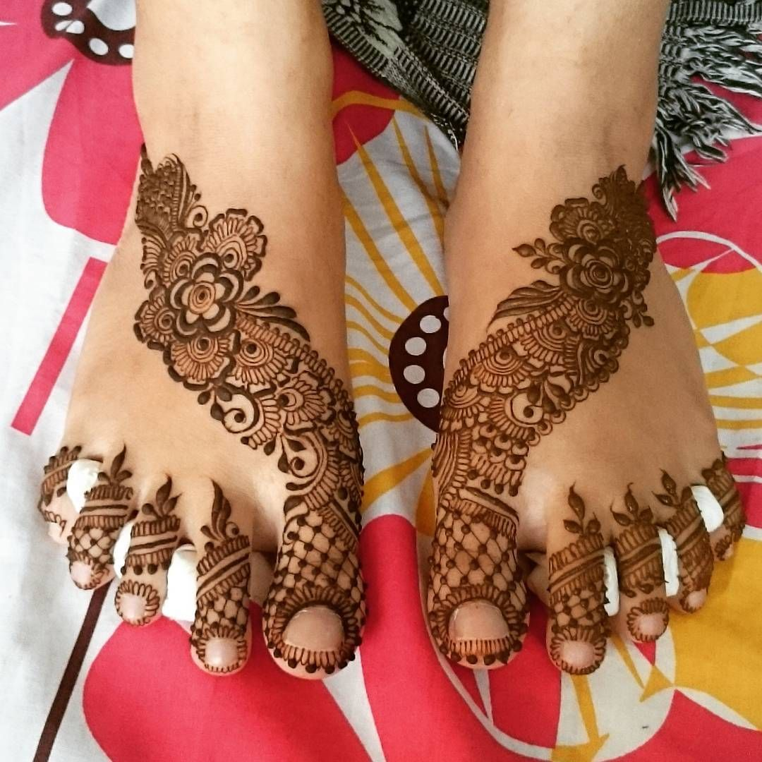 See this Instagram photo by @mehndi_by_hayat • 2,376 likes