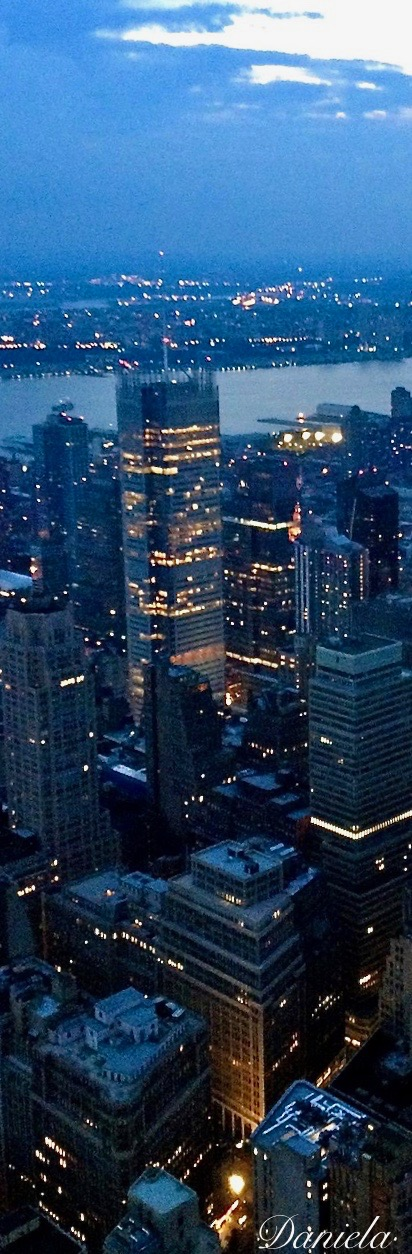New York, NY | Nyc life, Places around the world, Romantic ...