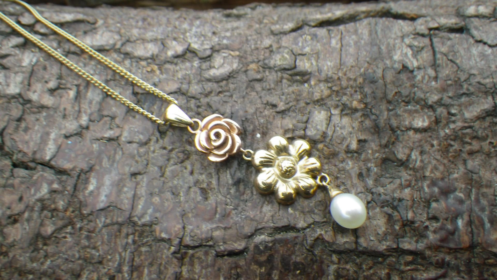 Clogau ct yellow and rose gold sunflower pearl necklace chain and