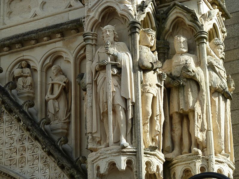 King Edward I, Henry V, Henry VIII and Queen Elizabeth I on Truro Cathedral.