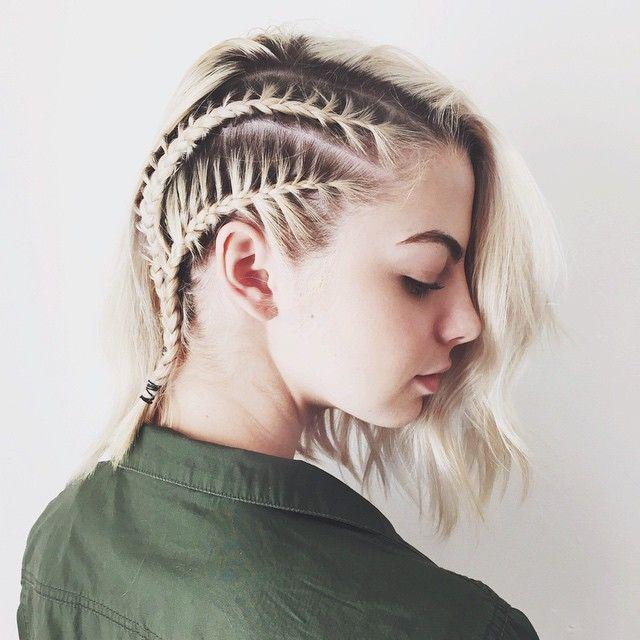 Kristin Ess On Instagram If You Don T Have Time To Get Your Roots Did Just Find A Way To Make Them Geflochtene Frisuren Flechtfrisuren Kurze Haare Flechten