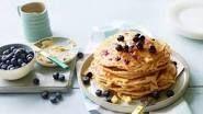 Panqueques de arándanos americanos – Receta de panqueques de arándanos americanos | BBC Good Food – #american #americanpancake #blueberry #chocolatechippancake