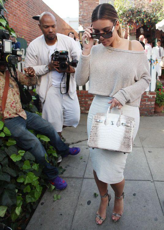 eb16b2a225 Kim-Kardashian-Hermes-Himalayan-Crocodile-Birkin-Bag-2