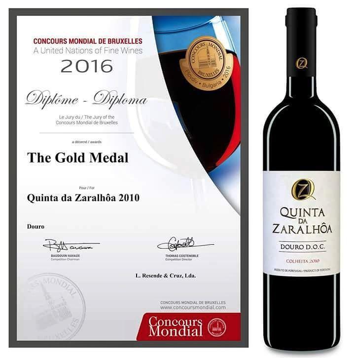 Yeah baby  #goldmedal #quality #concoursmondialbruxelles #quintadazaralhoa #dourosuperior #Portugal #winelover #dourolover #winesofportugal #Douro #Zaralhoa by luismotacruz