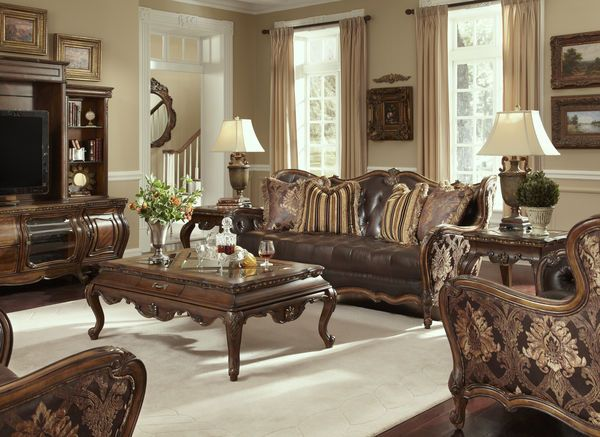 The Lavelle Melange Formal Living Room Collection in Leather
