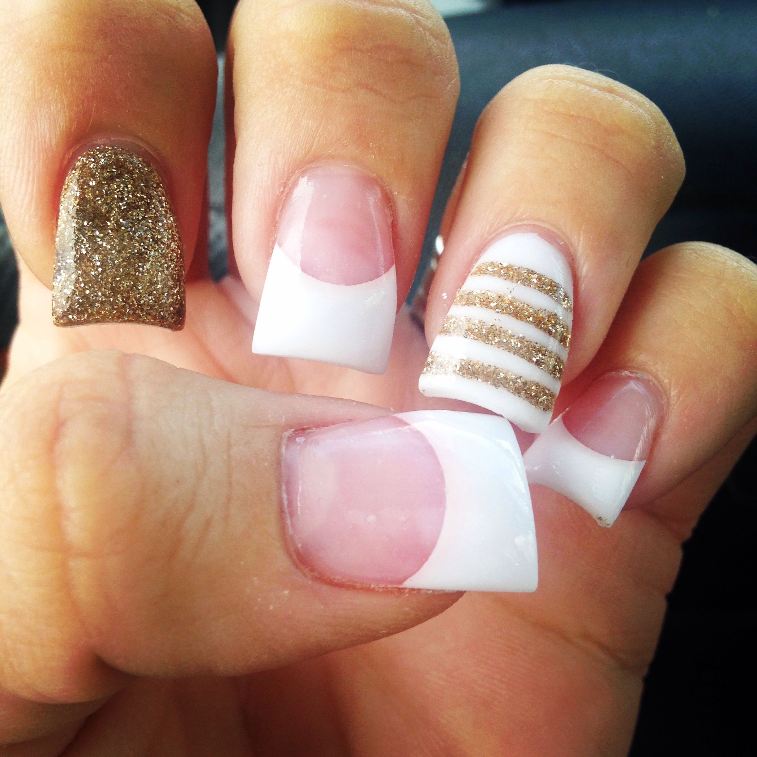 White and gold with stripes! Love | Acrylic nails! | Pinterest ...