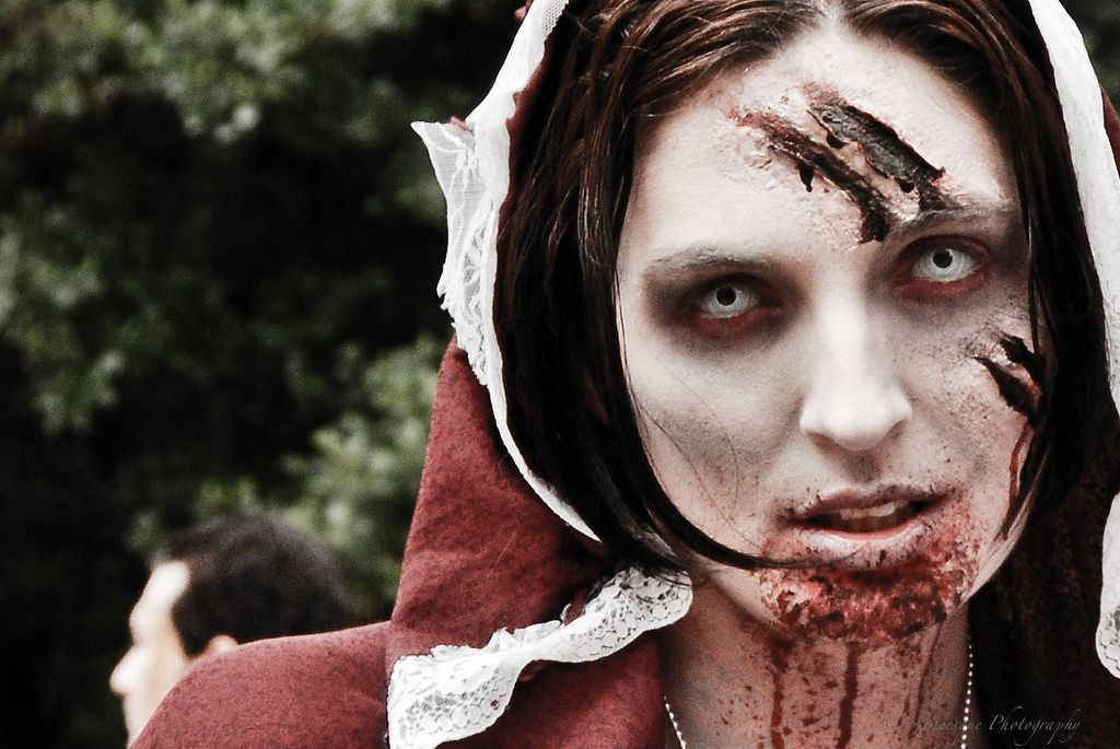 Red Riding Hood Zombie Red riding hood and Hoods - walking dead halloween costume ideas