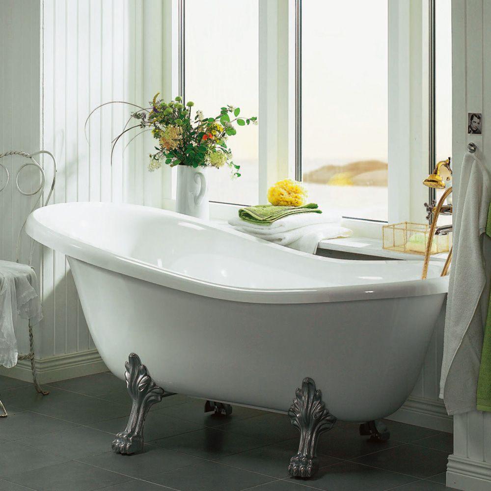Kort badekar med løveføtter i krom. Bad som dronningen. http://handlebad.no/badekar-massasjekar/lovefotter/queen-1570