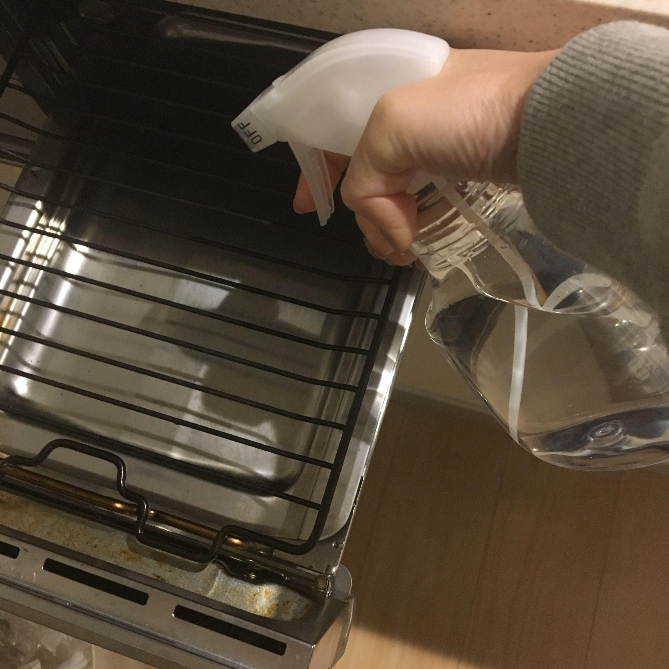 キッチンの油汚れがラクラク落ちる セスキ炭酸ソーダ で大掃除を