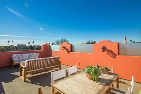 Check out this awesome listing on Airbnb: APEX OF VENICE, MDR, Culver City!!! in Los Angeles! 360 degree views of Venice Beach, Marina Del Rey, Hollywood Hills, Santa Monica Mountains to Malibu! And my house and your guest room with private bathroom is the best on AirBNB!!
