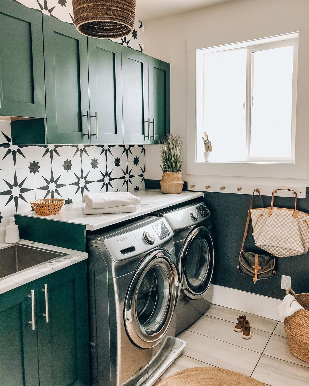 50 Clever Laundry Room Ideas That Are Practical And Space Extra Storage Small Rooms Cabinet