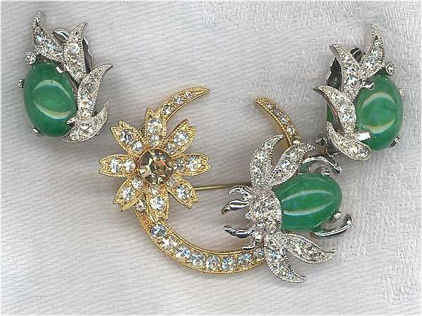 Signed Eisenberg Set / Faux Jade and Rhinestone Bee and Flower Brooch and Clip Earrings by KattslairVintage on Etsy https://www.etsy.com/listing/212930835/signed-eisenberg-set-faux-jade-and