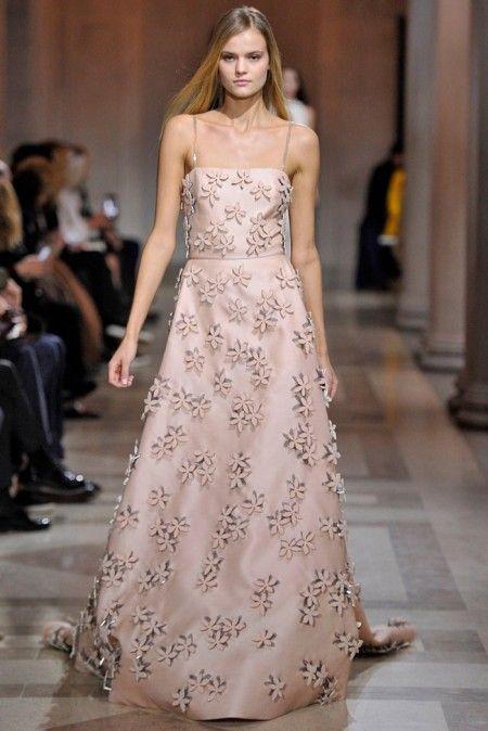Carolina Herrera Fall 2016   New York Fashion Week