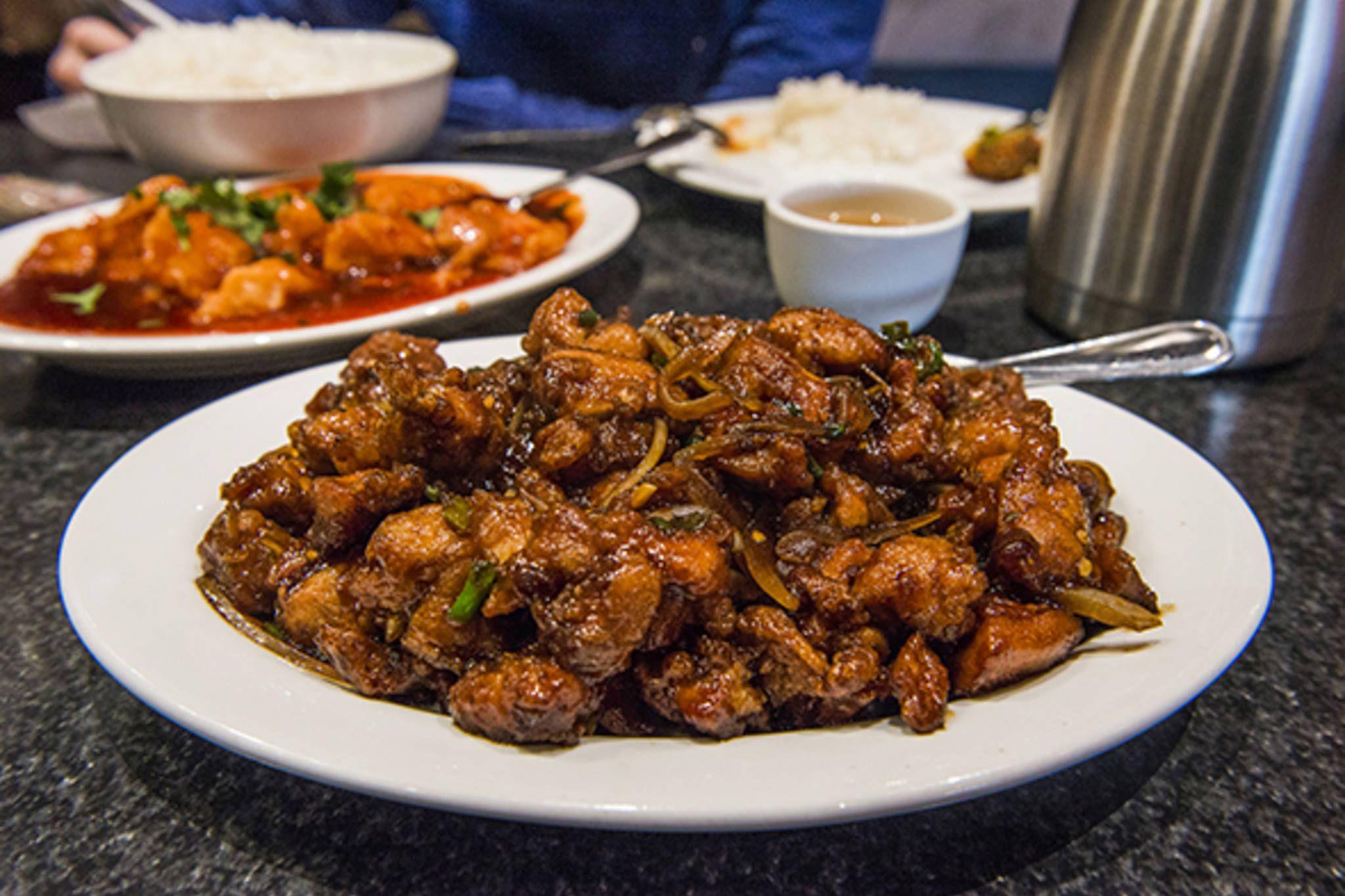 Everest Hakka House Restaurant Toronto Restaurants Toronto Food Spicy Recipes