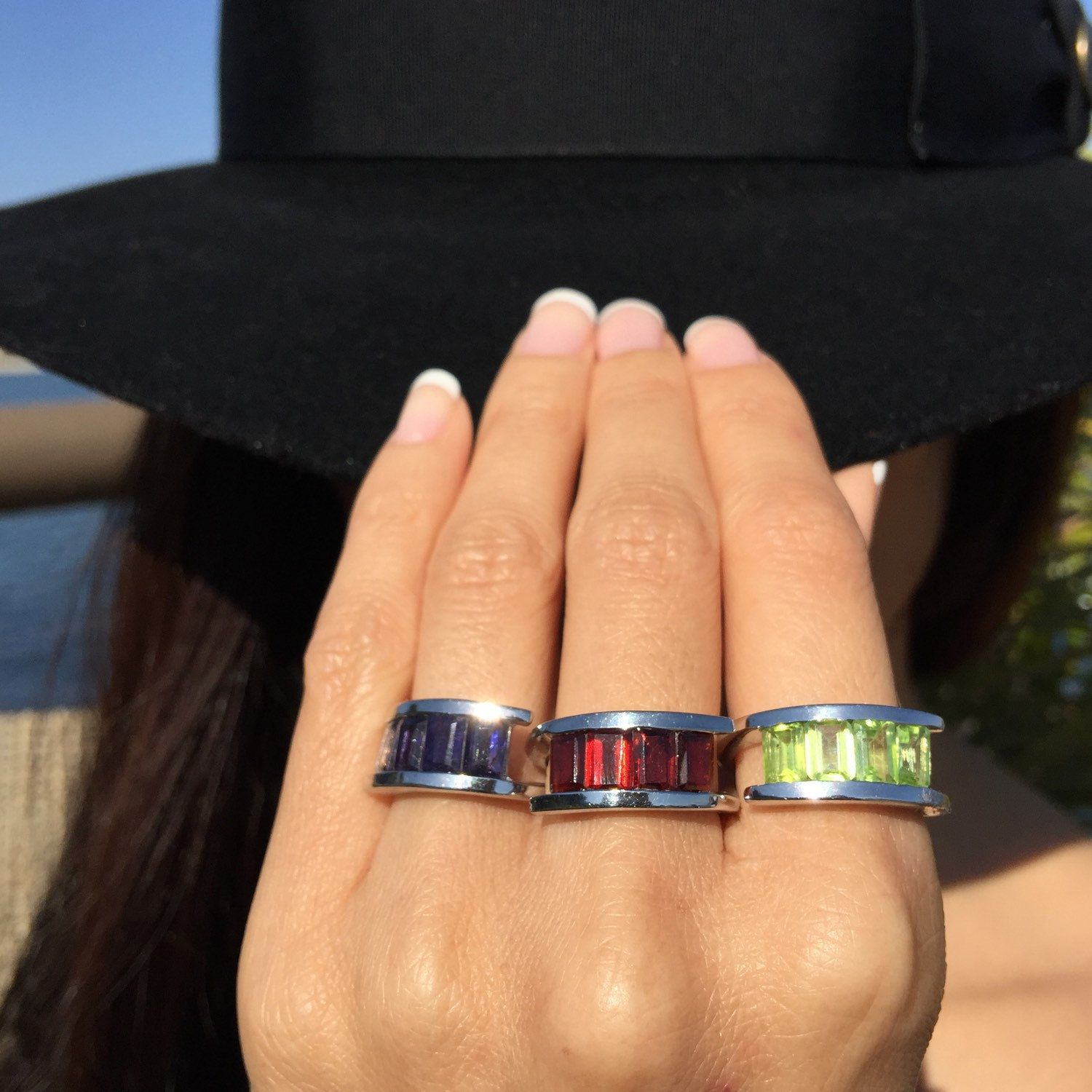 Iolite, garnet or peridot? Which crystal channel ring do you like best? Find your fav in the shop!