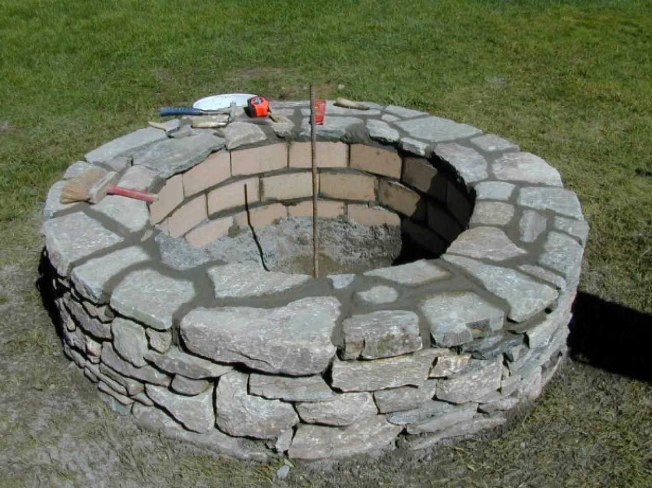 Fire Pit Rocks for Natural Scenery #firepitideas