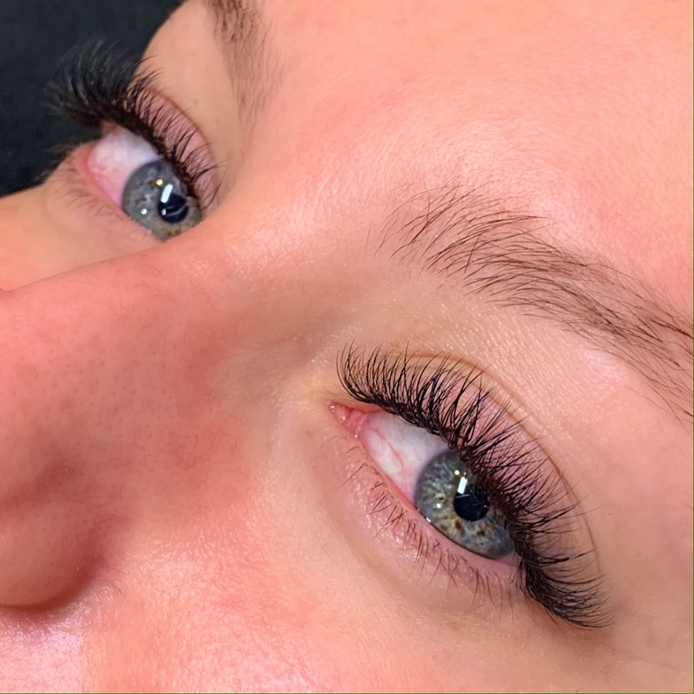 Natural Hybrid Eyelash Extensions   Eyelash extensions ...