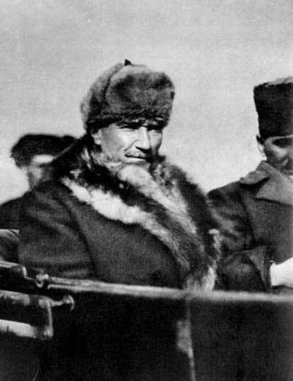 Atatürk'ün Dünyanın En Karizmatik ve Tarz Erkeklerinden Olduğunun 30 Kanıtı #historyoftheworld