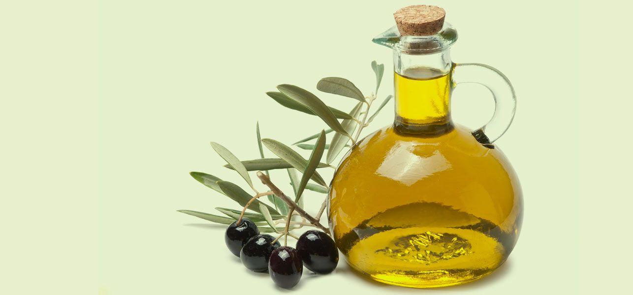 6 Amazing Benefits Of Using Olive Oil For Eyelashes
