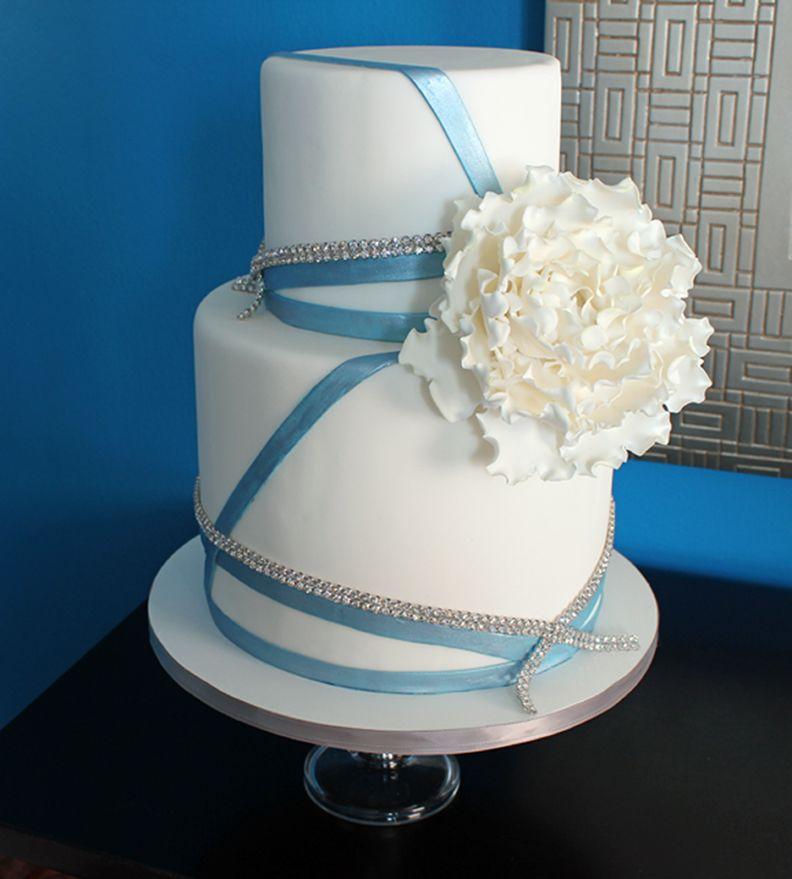 wedding caketwo tier buttercream wedding cake (With