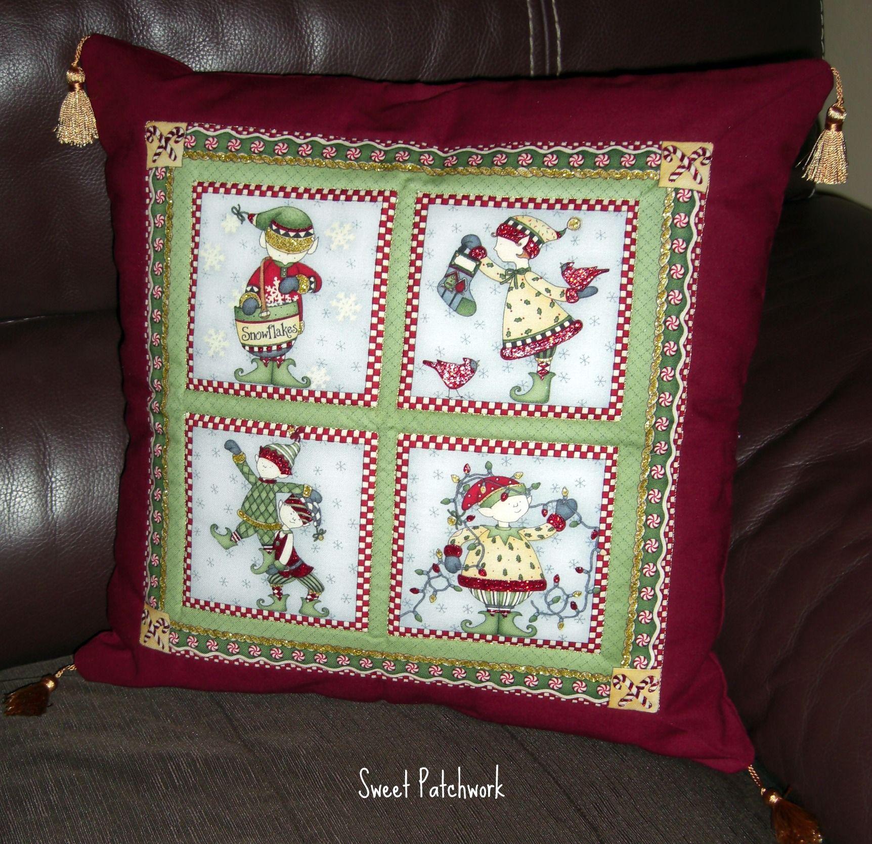 Christmas pillow/ Cojín