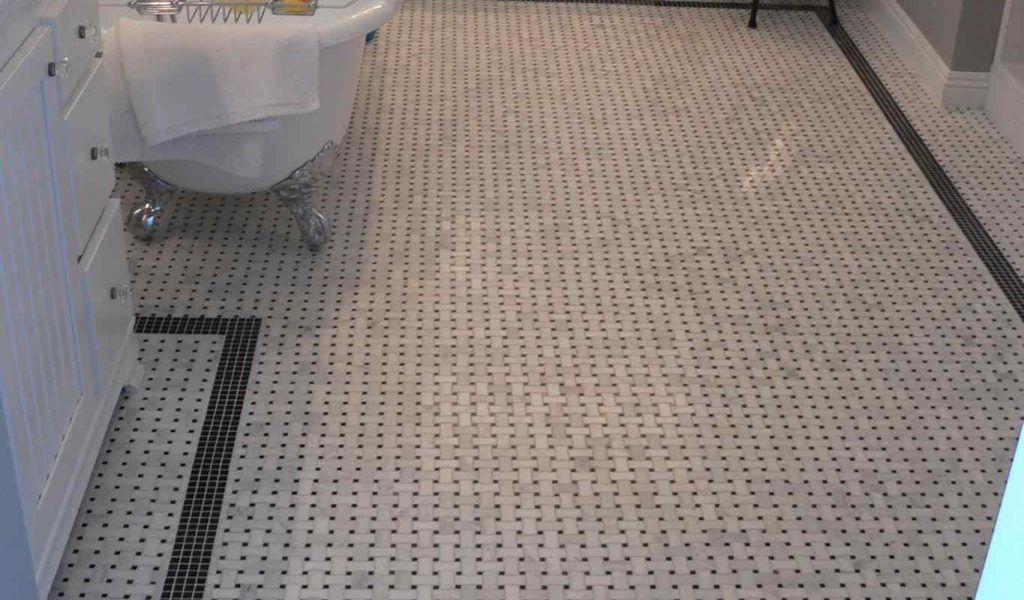 Restoring The Old And Vintage Bathroom Tile In 2020 Vintage Bathroom Tile Tile Bathroom Vintage Bathroom