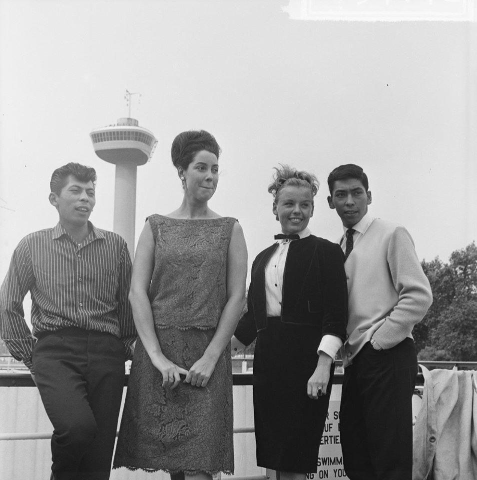 Corry Brokken, Greetje Kauffeld en de Blue Diamonds uit 1963.