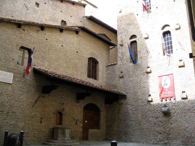 Dante S House Via S Margherita 1 Florence Italy Florence Dante Visit Europe