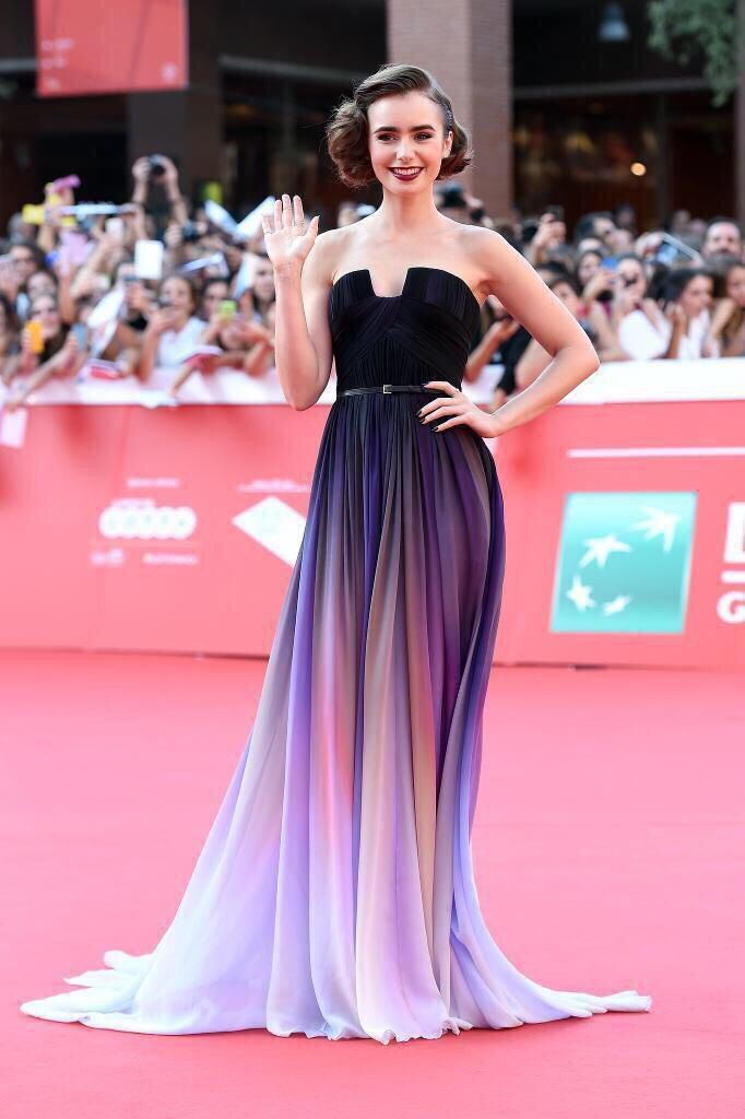 Most Flawless woman alive, Lily Collins | Vestidos | Pinterest ...