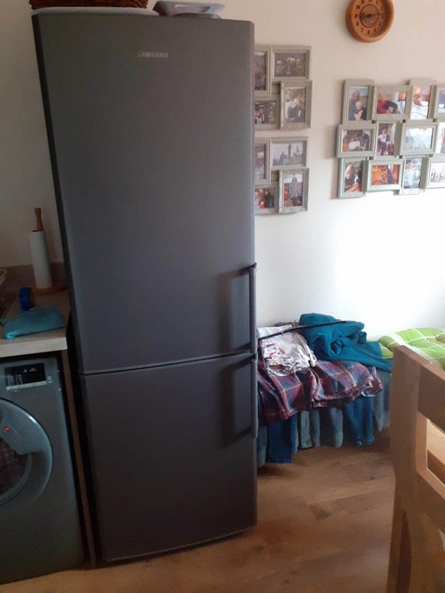 Second Hand Fridges and Freezers, Buy and Sell Preloved