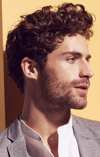 Men Curly Hairstyles Achieve Conditioned Stubbleusing The Appropriate Hydrating Tools