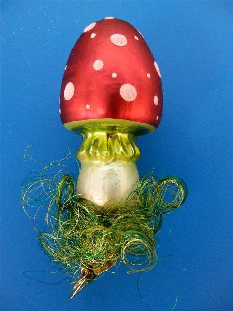 LG RED CLIP ON MUSHROOM W/ GRASS PILZ GERMAN BLOWN GLASS CHRISTMAS ORNAMENT
