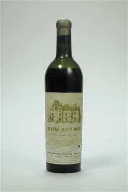 Chateau Haut Brion 1945 Vintage Wine Wine Packaging Wine Bottle