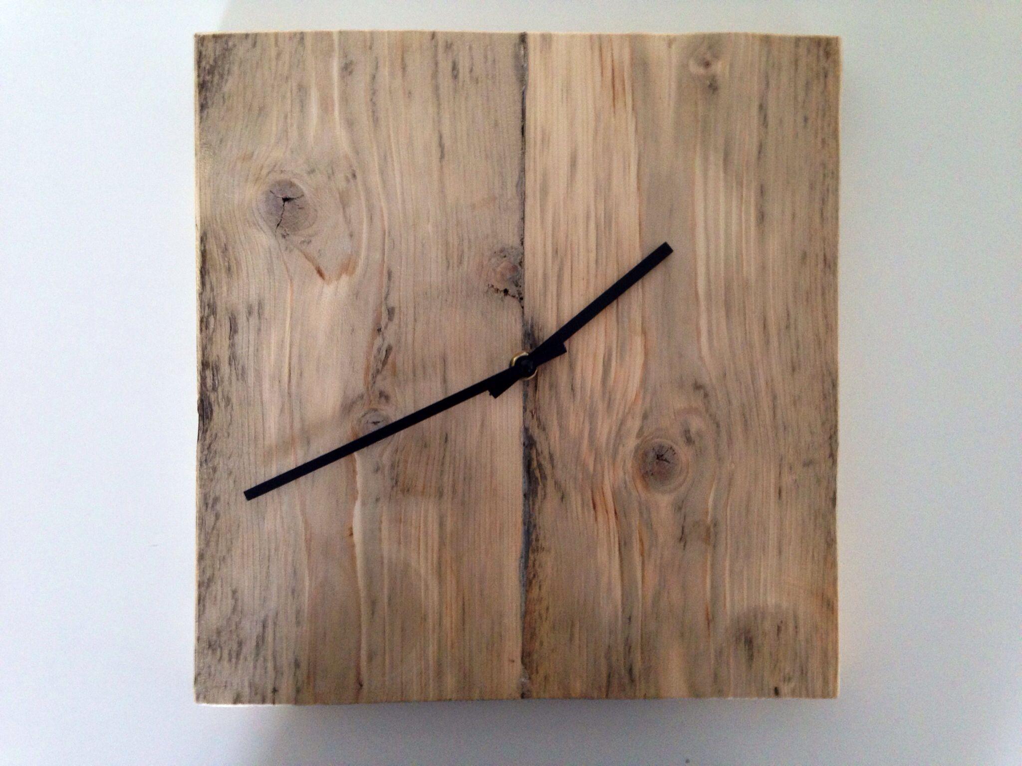 Vinyl Steigerhout Look : Klok steigerhout relatiegeschenk clocks showroom