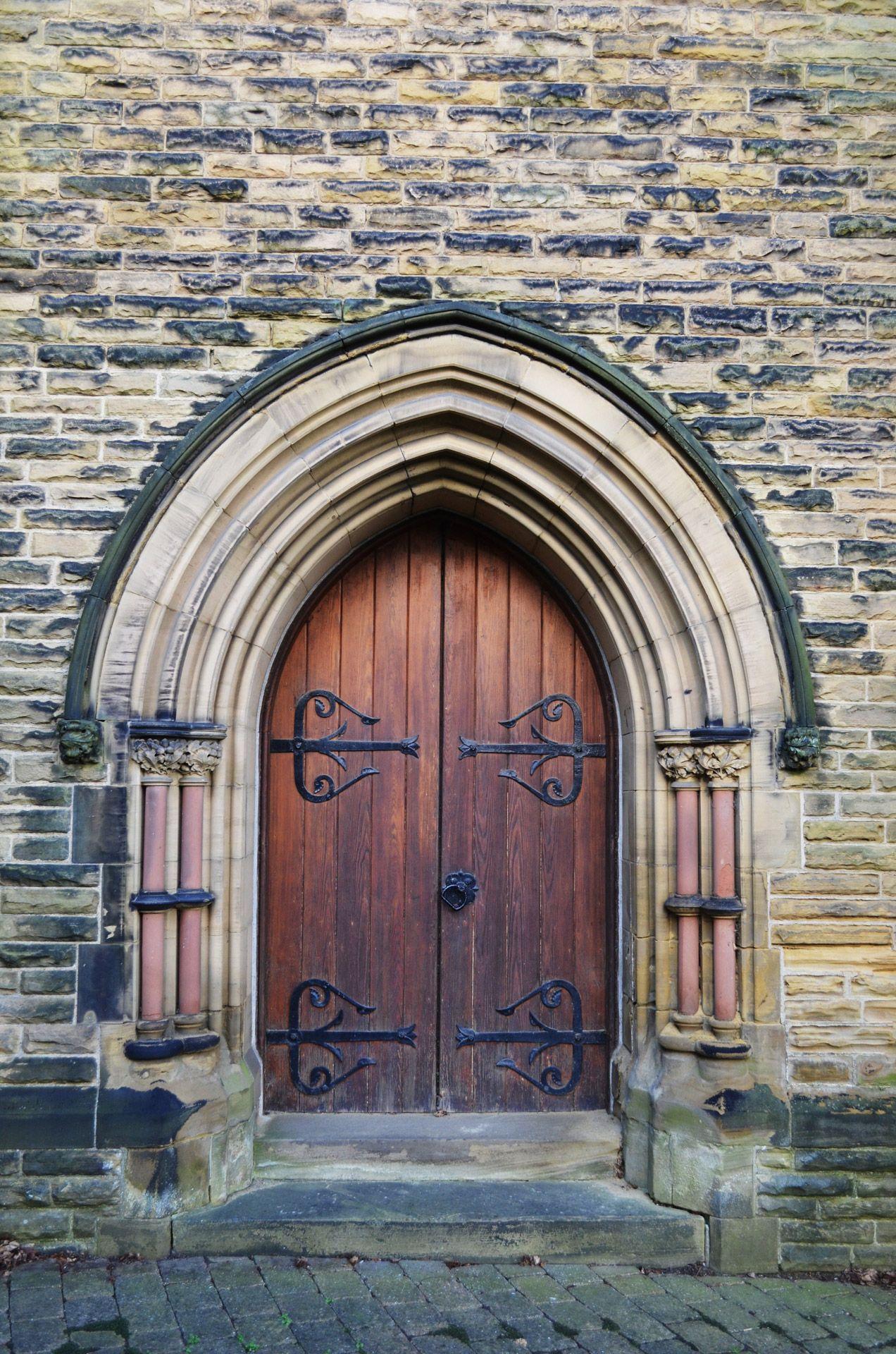 old wooden door - Google-haku   Doors, gates and entrances ...