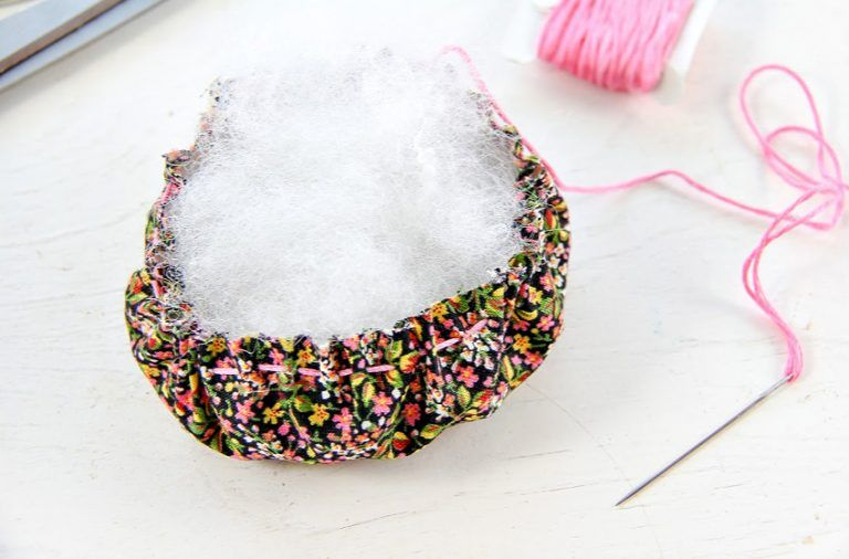 How To Make a Pin Cushion Jar Pin cushions, Fabric