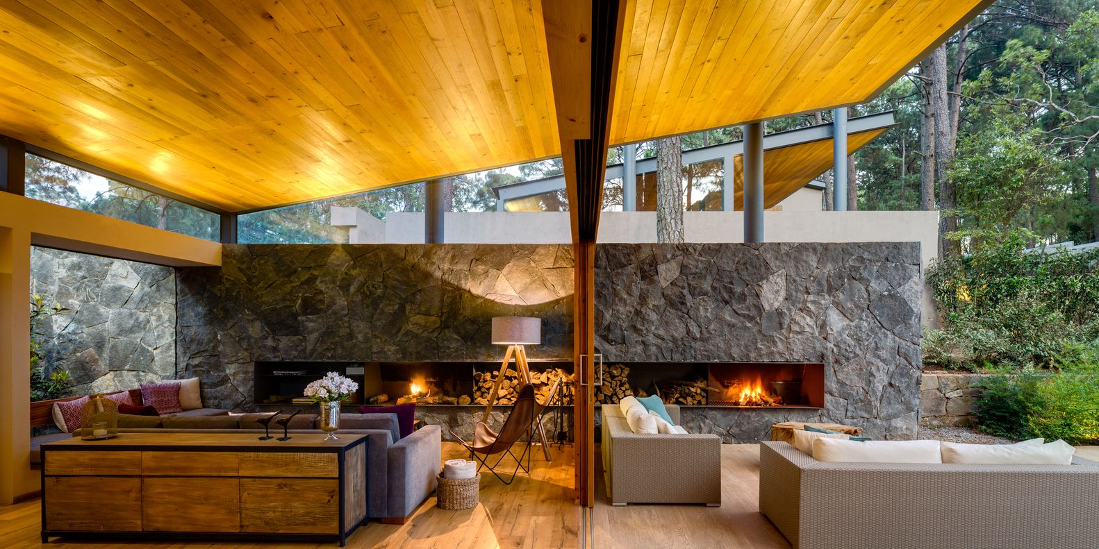 Galeria de Cinco Casas / Weber Arquitectos - 1