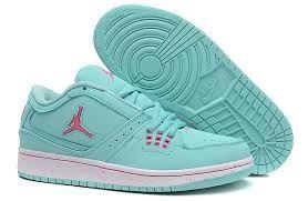 buy online 698b0 b6288 Resultado de imagen para tenis jordan mujer
