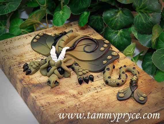 Hey, I found this really awesome Etsy listing at https://www.etsy.com/listing/239500002/ooak-polymer-clay-olive-green-sad-little