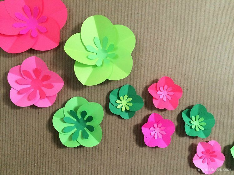 Easy diy paper flowers tutorial pinterest easy paper flowers how to make easy paper flowers mightylinksfo