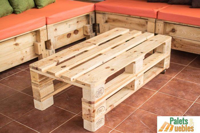 Mesa centro hecha con palets reciclados www.paletsymuebles.com