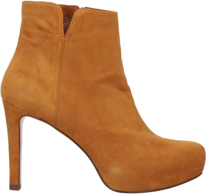 huge selection of d8ac6 d3dee PURA LÓPEZ Ankle boot - Footwear | Products in 2019 | Boots ...