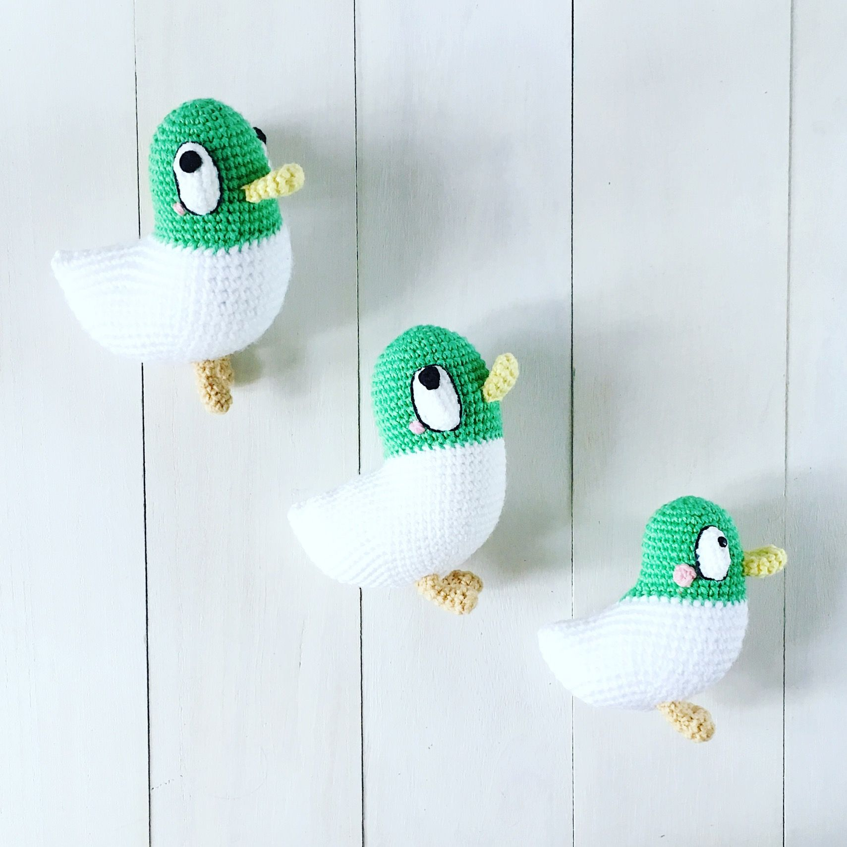 Sarah and Duck, quack! Sarah and Duck, quack! Sarah and Duck, quack ...