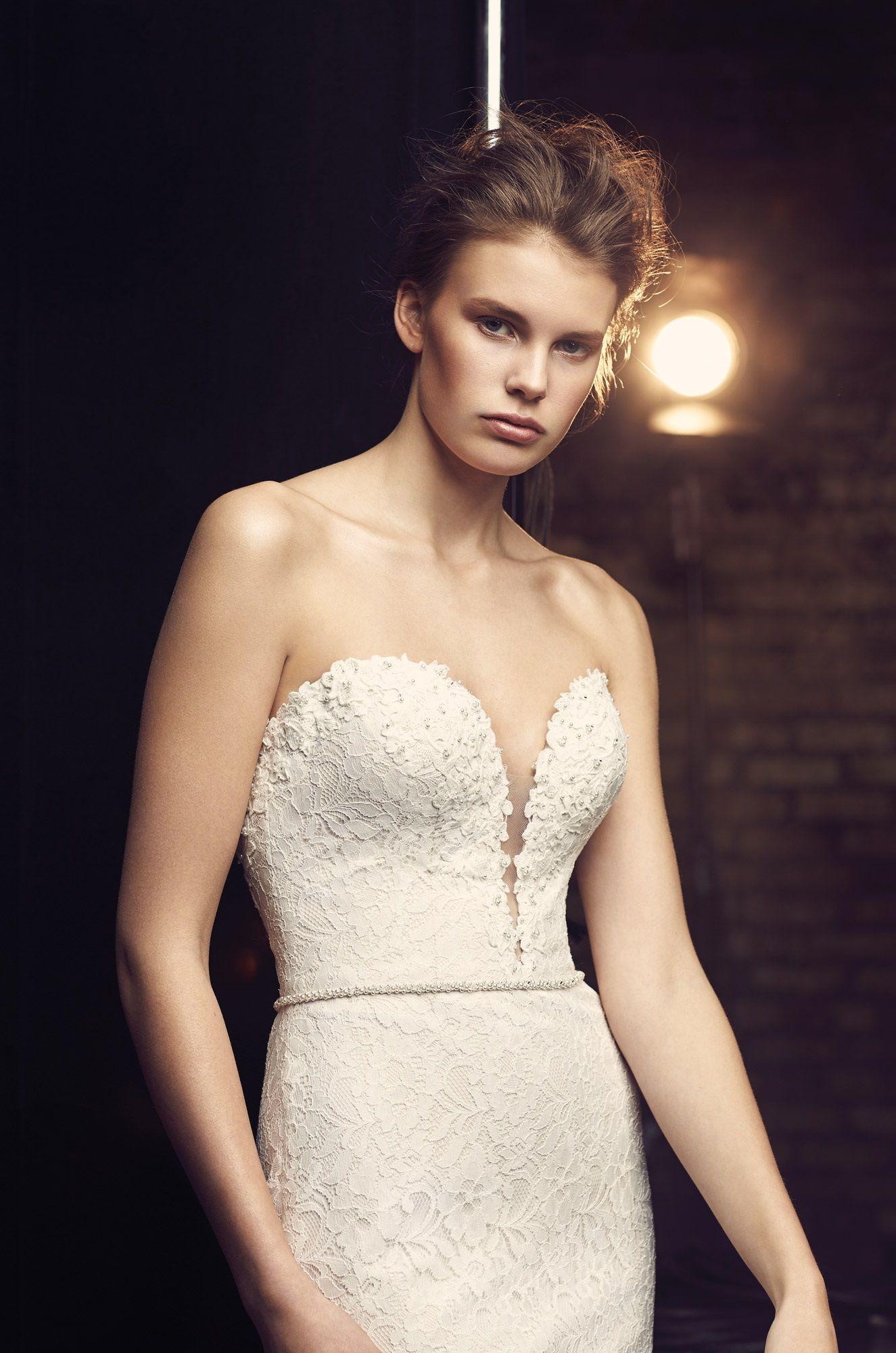 plunging neckline wedding dress Plunging Neckline Wedding Dress Style