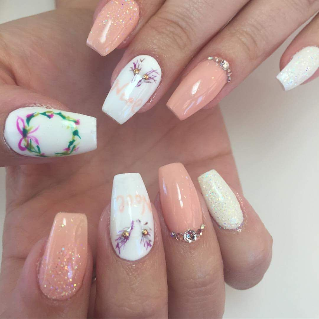 50+ Voguish Christmas Nails To Reflect The Festive Mood The Best Way