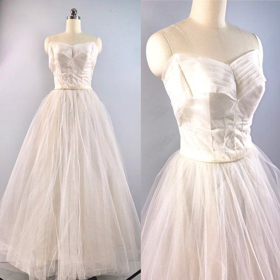 55b60727cc8 Authentic 50s Wedding Dress Vintage 1950s White Tulle Prom Bridal Cupcake  Nipped Waist Gown 33 bust